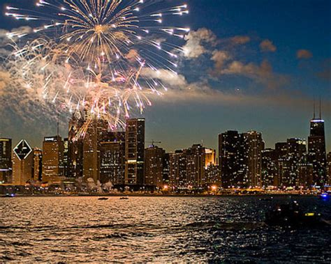 chicago   july navy pier fireworks