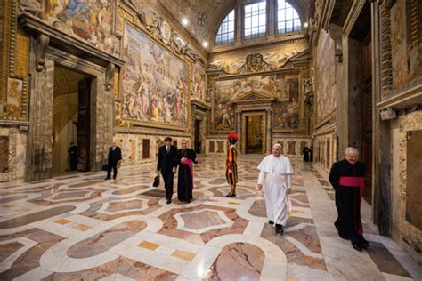best day to visit vatican will the pope change the vatican national geographic