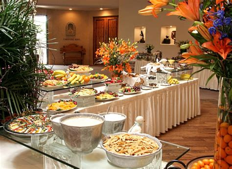 How To Decorate A Buffet Table In Dining Room by Settings Amp Amenities Scottsdale Golf Grayhawk Golf Club