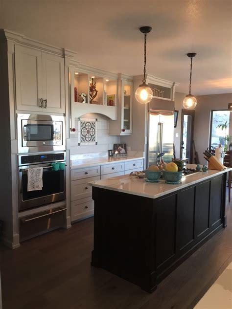 Custom kitchen with Cambria Brittanicca countertops, Ann