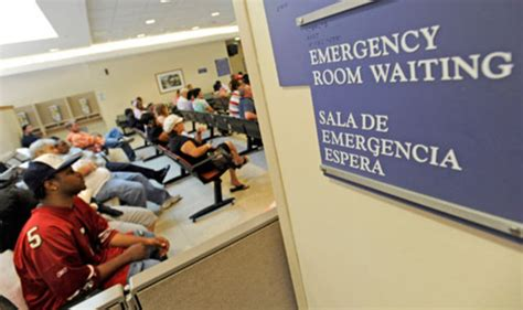 emergency room to me despite obamacare s expanded coverage more patients going to the er