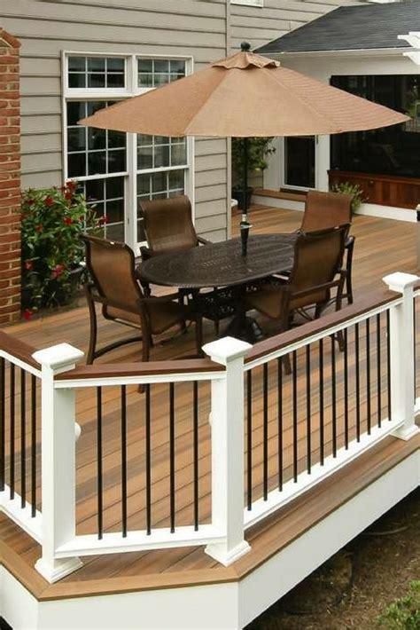 White Deck Railing With Black Balusters De 25 Bedste Id 233 Er Inden For Deck Railings P 229