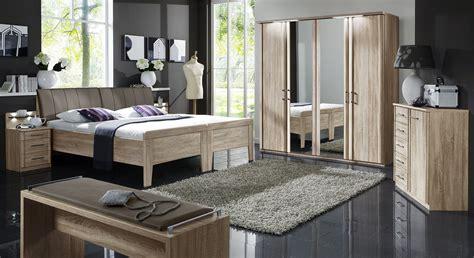 schlafzimmer komplett mit aufbauservice kombi kommode mit f 252 nf schubladen runcorn betten de