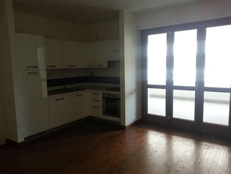 idee per arredare soggiorno con angolo cottura ho bisogno di aiuto per arredare un soggiorno angolo cottura