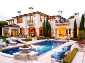 mediterranean house plans with pool best 25 mediterranean homes ideas on