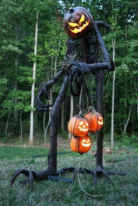 Pumpkin Yard Decorations by 31 Creepy And Cool Yard D 233 Cor Ideas Digsdigs