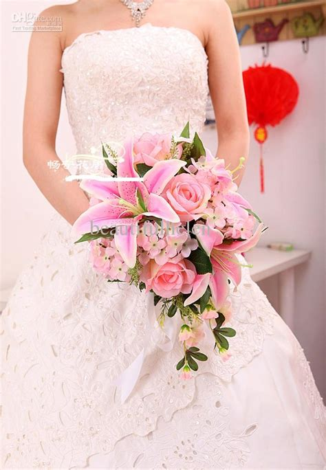 Wedding Bouquet Bride Bouquet Artificial Wedding Bouquets Silk Flower Bridal Bouquet Lily