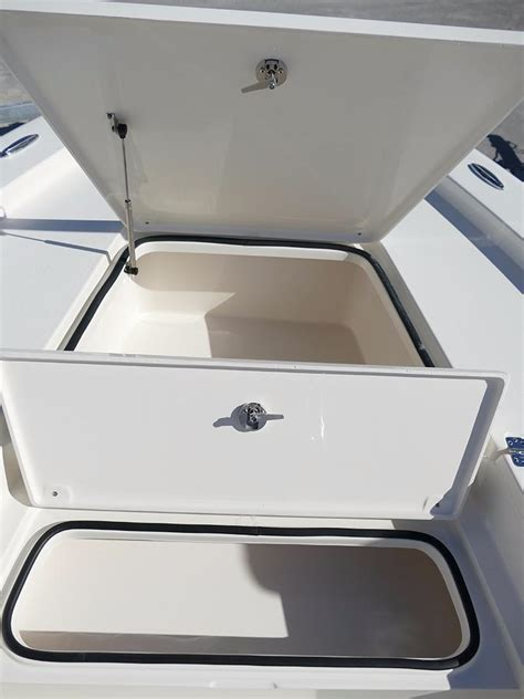 24 center console boats for sale 2018 new avenger 24 center console24 center console center