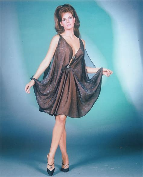 raquel welch young raquel welch as young sexy starlet great photo ebay
