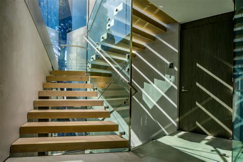 kosten glasgel nder treppe skulpturale architektur fassade aus glas erlaubt weit