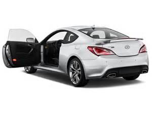 image 2016 hyundai genesis coupe 2 door 3 8l auto base w