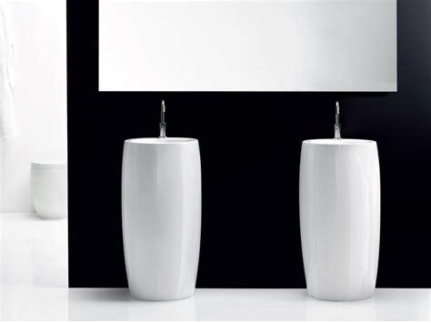 vasque totem lavabo sur colonne consobrico