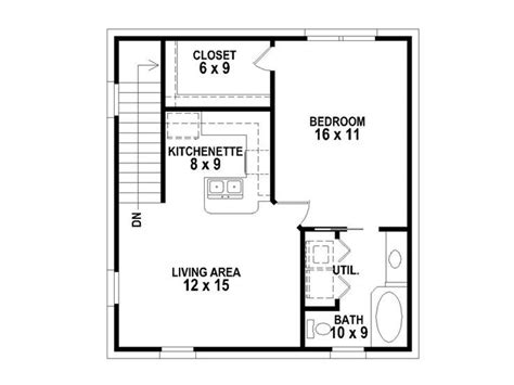 Narrow Apartment Plans by Garage Apartment Plan For A Narrow Of Property