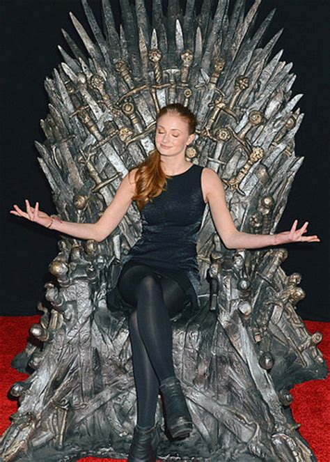 couch turner game of thrones game of thrones images emmys game of thrones panel