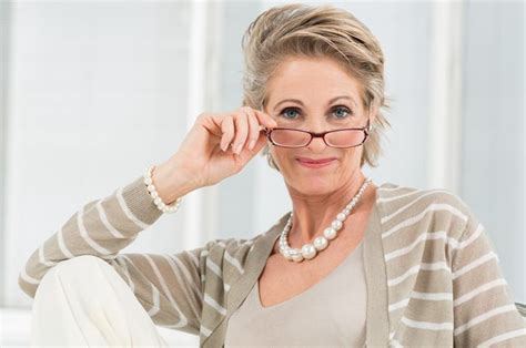 attractive eyeglasses for graying hair attractive eyeglasses for graying hair leaftv