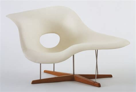 chaise design moma design