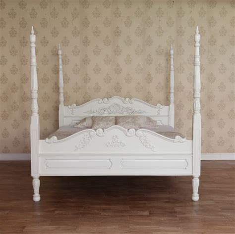 White Four Poster Bed by Four Poster Bed In Antique White Or Mahogany