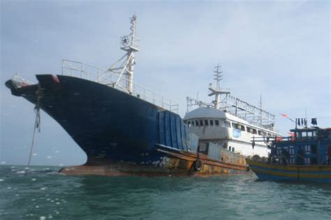 ghost boat ghost ship mystery abanonded trawler off vietnam as navy