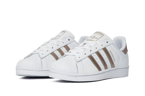 Adidas Colour 1 buty adidas superstar colors trainers