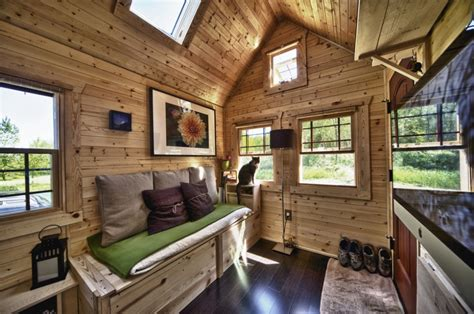tiny homes show mark milanese on quot tiny house nation quot tv show milanese