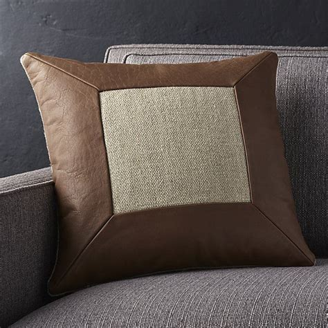Pillows On Leather by 25 Best Ideas About Leather Pillow On Leather