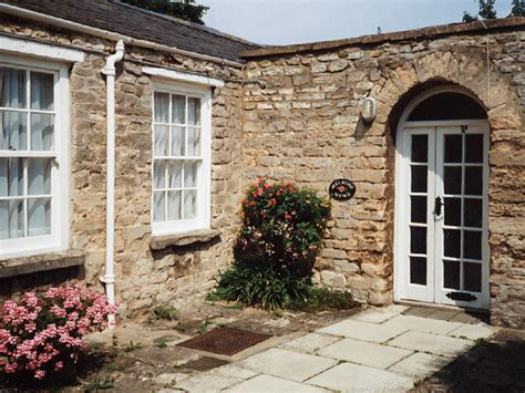 Cottages In Oxfordshire To Rent by Witney Witney Self Catering Rental Accommodation