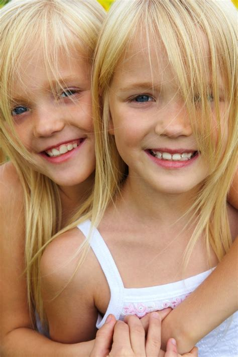 twlin sis twins calendar weeks 25 through 28 more com