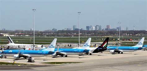 amsterdam airport flights