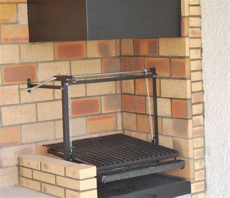Grille Barbecue Sur Mesure kits de grilles sur mesure pour barbecue argentin 224 manivelle