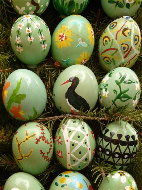 egg painting free pictures easter egg painting 33 images found