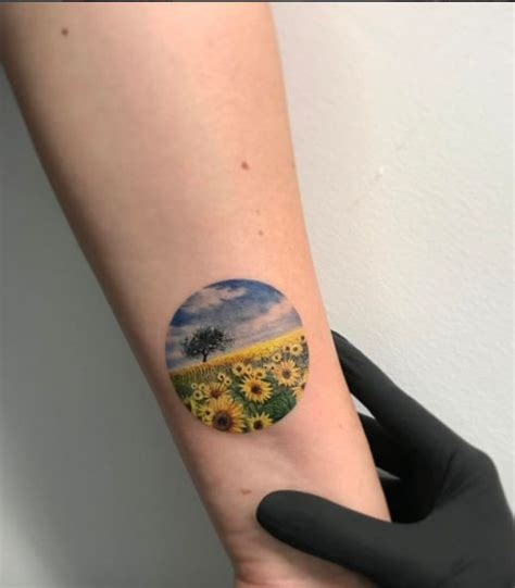 sunflower tattoo small 25 best ideas about sunflower tattoos on