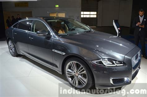 jaguar xj type 2015 2016 jaguar xj launched in india priced from inr 98 lakhs