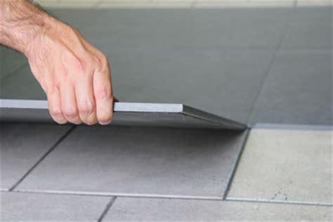 pavimenti facili da posare pavimento a secco sistema autoposante a secco per interni