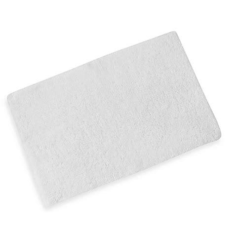 kenneth cole bath rugs kenneth cole reaction home 21 inch x 34 inch bath rug bedbathandbeyond