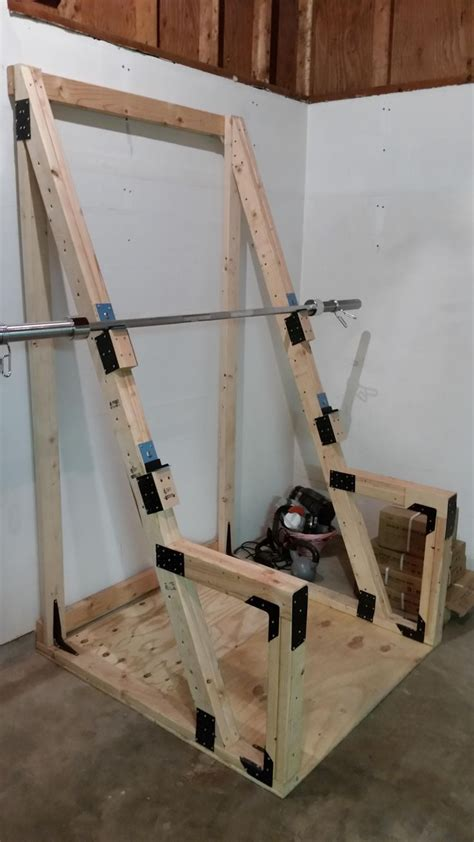 makeshift workout bench 25 best ideas about garage gym on pinterest home gym garage home gyms and exercise