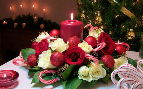 christmas candle bouquet  white  red roses red balls desktop backgrounds