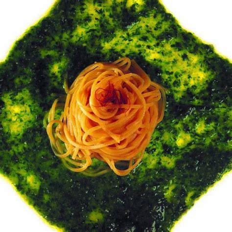 ricette sedano verde tagliolini gialli in pesto di sedano verde e noci cucina