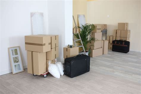 hire a mover 5 reasons why hiring a moving company isn t as expensive