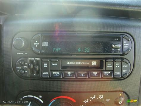 online service manuals 2004 dodge dakota navigation system 2004 dodge dakota slt quad cab audio system photo 54107715 gtcarlot com