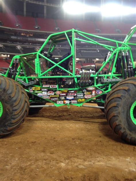 grave digger 30th anniversary truck atlanta jam shows promise of 2012 truck season