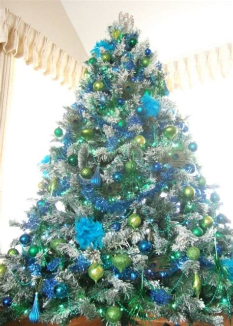 25 eye catching green christmas tree decorations ideas