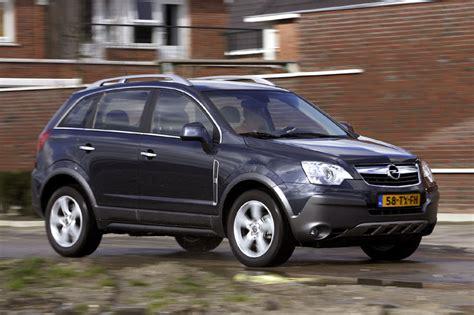 opel antara 2007 opel antara 3 2 v6 cosmo 2007 autotest autoweek nl