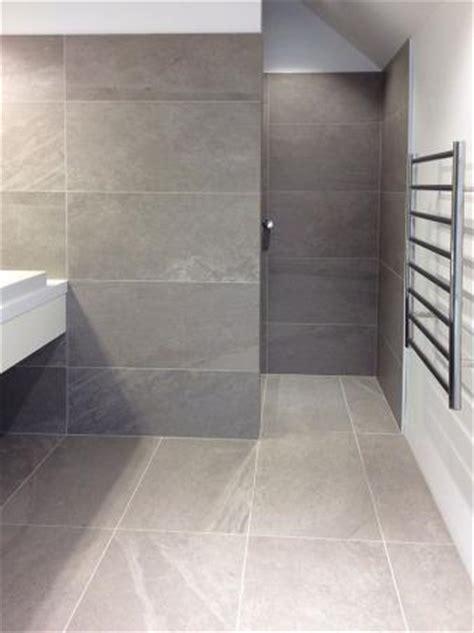 large format tiles small bathroom bluestone using large format tiles in small spaces