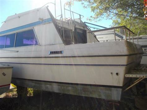 1977 bayliner cabin cruiser 27 free wrentham ma free - Boats For Sale In Wrentham Ma
