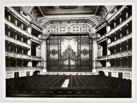 eiserner vorhang theater theatermuseum die geschichte europas erz 228 hlt seinen
