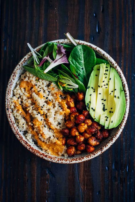 bowls to the vegan buddha bowl well and