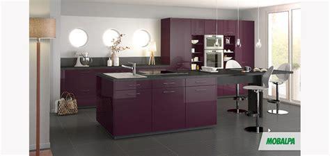 peinture brillante pour cuisine peinture laque brillante pour meuble 14 davaus modele