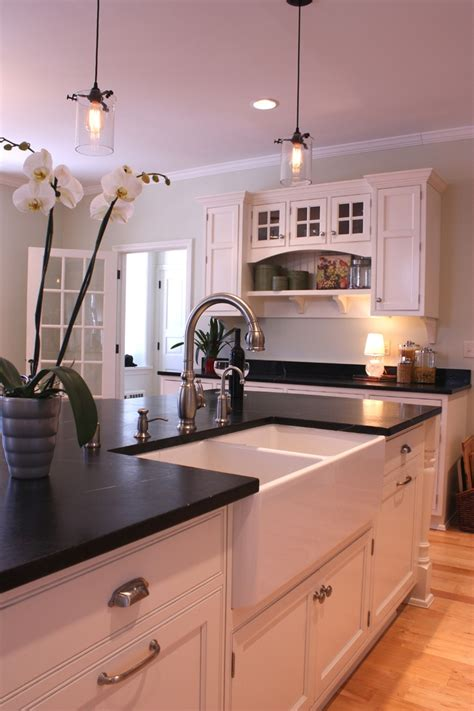 farmhouse island kitchen 313 best images about farmhouse sink on