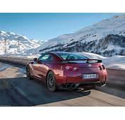 Nissan GT R 2015 Supercar Car Godzilar Snow Wallpaper 3b
