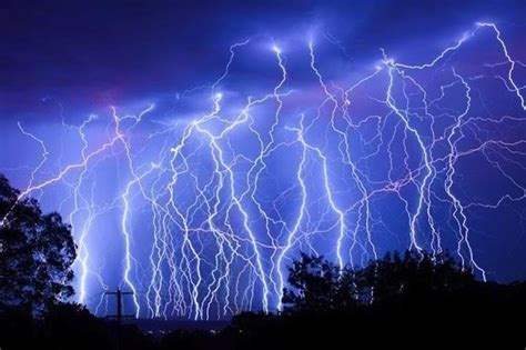 Lightning Bolt In Cardiff 59 Best Vfx Concept Images On Lightning